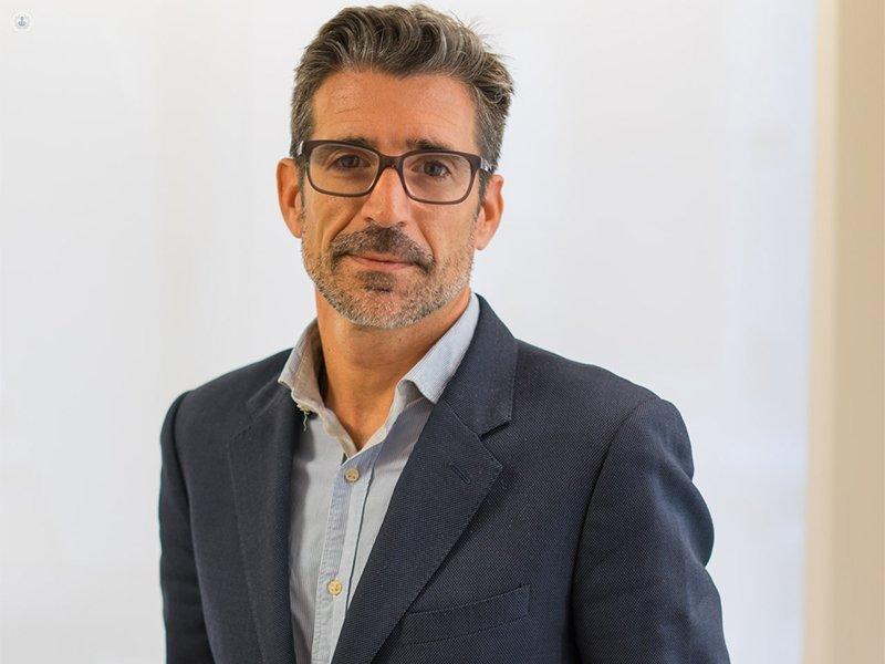 Dr. David López Capapé